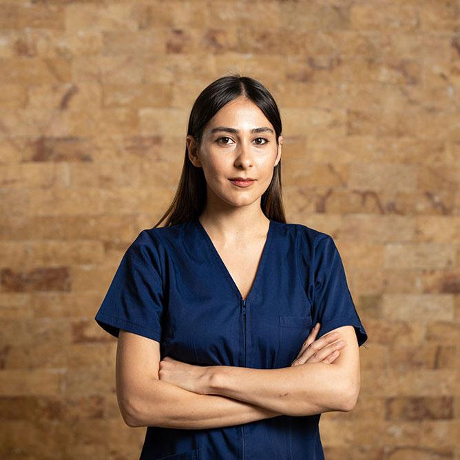 Dr Raluca Calu