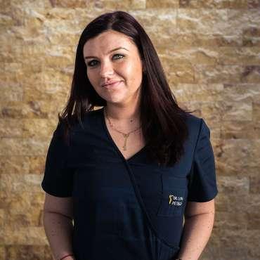 Dr. Ilona Petrica